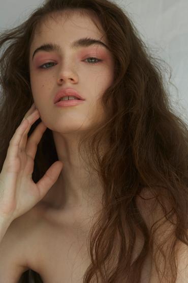 Celeste Hebiton portfolio image