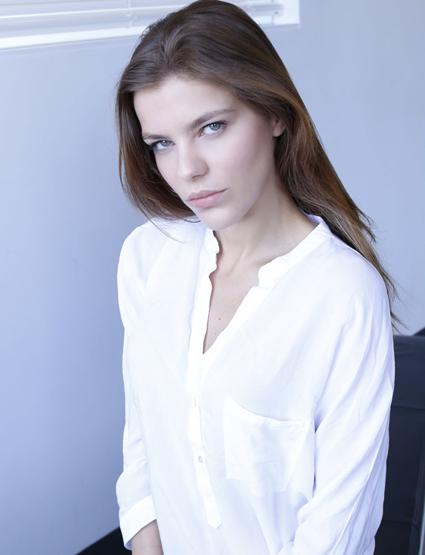 Maria Mayenzet