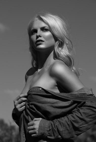 Melanie Oldenburg portfolio image